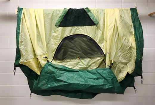 camp must have single pulley to dry a tent